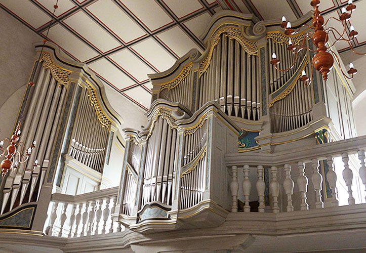 fertige Orgel