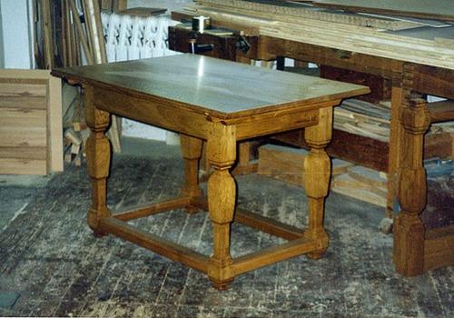 Barocktisch in Eiche
